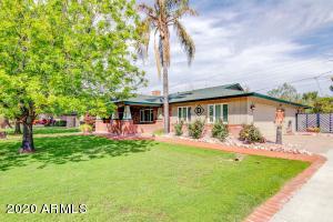 1832 E CLAREMONT Street, Phoenix, AZ 85016