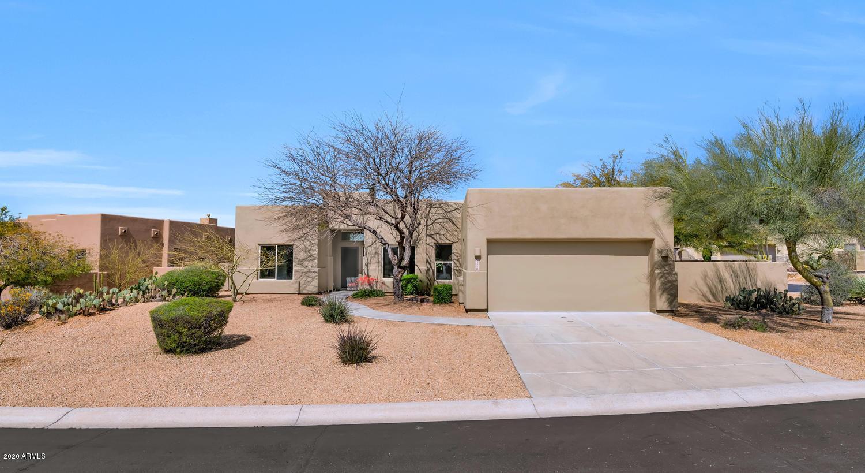 Photo of 11386 E GREYTHORN Drive, Scottsdale, AZ 85262