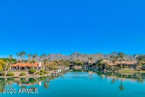 10080 E MOUNTAINVIEW LAKE Drive, 243, Scottsdale, AZ 85258