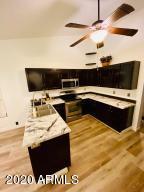 8311 W DREYFUS Drive, Peoria, AZ 85381