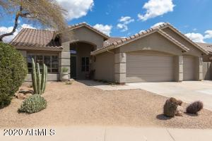 SINGLE LEVEL HOME WITH EASY CARE LANDSCAPE ON SPACIOUS INTERIOR LOT