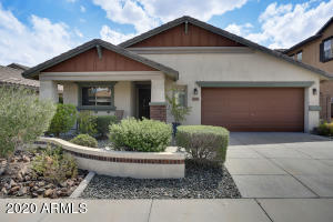 Charming, designer-perfect bungalow with beautiful engineered wood flooring!