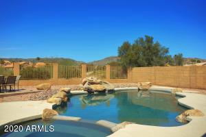 1430 E WINDSONG Drive, Phoenix, AZ 85048