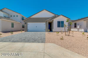 642 E Hazelnut Lane, San Tan Valley, AZ 85140