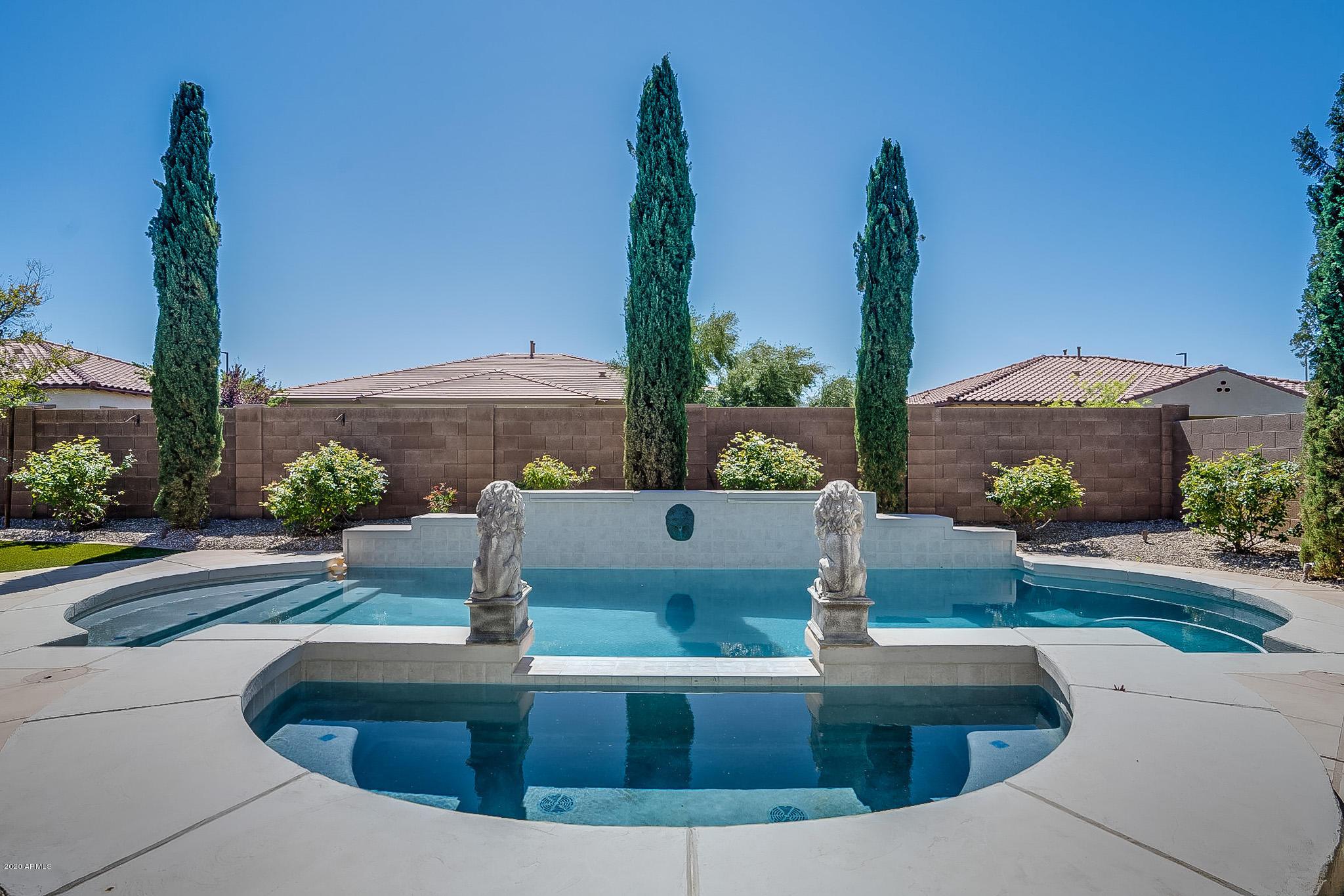 Photo of 3371 E VIRGIL Drive, Gilbert, AZ 85298