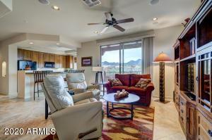 13600 N FOUNTAIN HILLS Boulevard, 206, Fountain Hills, AZ 85268