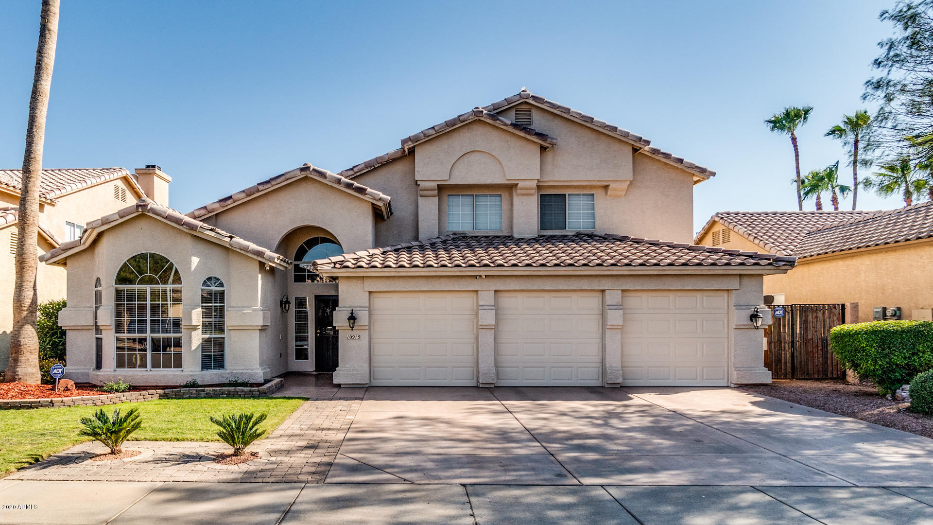 Photo of 10915 W LAURELWOOD Lane, Avondale, AZ 85392