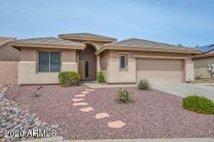 6828 W SADDLEHORN Road, Peoria, AZ 85383