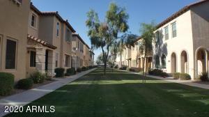 3481 S BLUEJAY Drive, Gilbert, AZ 85297