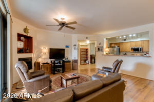 955 E KNOX Road, 106, Chandler, AZ 85225