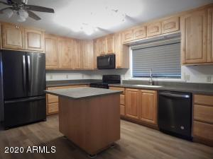 11615 N 83RD Avenue, Peoria, AZ 85345
