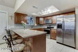344 E KENWOOD Circle, Mesa, AZ 85201