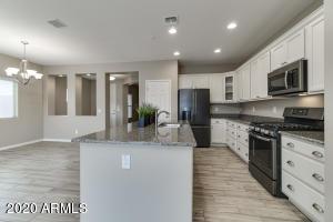 374 W CUCUMBER TREE Avenue, San Tan Valley, AZ 85140
