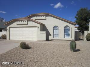 8820 W GREENBRIAN Drive, Peoria, AZ 85382