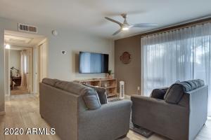8055 E THOMAS Road, B107, Scottsdale, AZ 85251