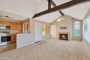 10055 E MOUNTAINVIEW LAKE Drive, 2054, Scottsdale, AZ 85258