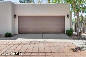 3001 E ROSE Lane, Phoenix, AZ 85016
