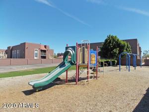 16602 N 25th Street, 124, Phoenix, AZ 85032