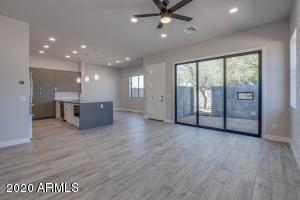 2645 E OSBORN Road, 10, Phoenix, AZ 85016