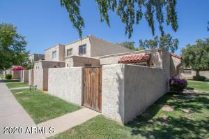 5402 W BELLEVIEW Street, Phoenix, AZ 85043