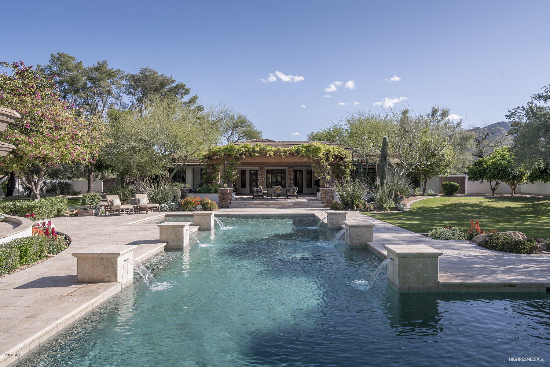 Photo of 6316 E KEIM Drive, Paradise Valley, AZ 85253
