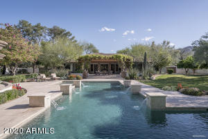 Such a spectacular pool! One of the largest I've seen at a luxury home.