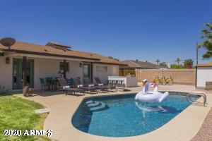 8214 E MEADOWBROOK Avenue, Scottsdale, AZ 85251