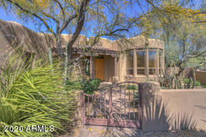 7374 E WHITETHORN Circle, Scottsdale, AZ 85266