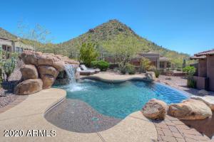 2430 W RESTIN Road, Phoenix, AZ 85086