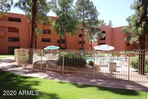 12222 N PARADISE VILLAGE Parkway S, 105, Phoenix, AZ 85032