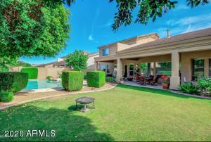 7518 E NESTLING Way, Scottsdale, AZ 85255
