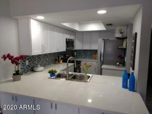 Kitchen- Quartz counters