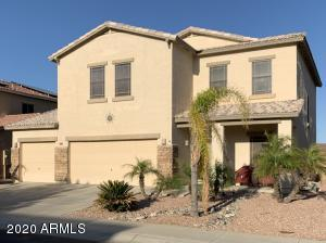3 Bed/2.5Bath/3 Car Garage/Pool