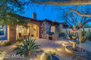 7225 E AURORA Drive, Scottsdale, AZ 85266