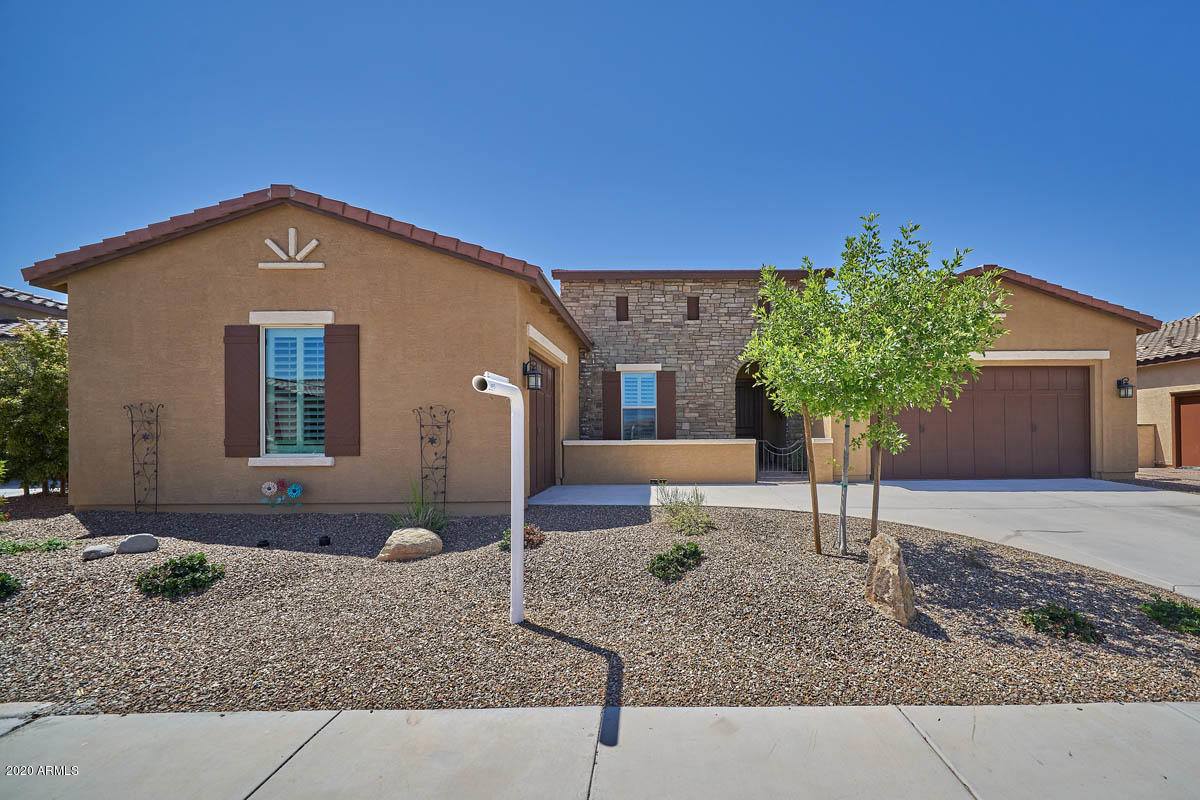 Photo of 41725 W SPRINGTIME Road, Maricopa, AZ 85138
