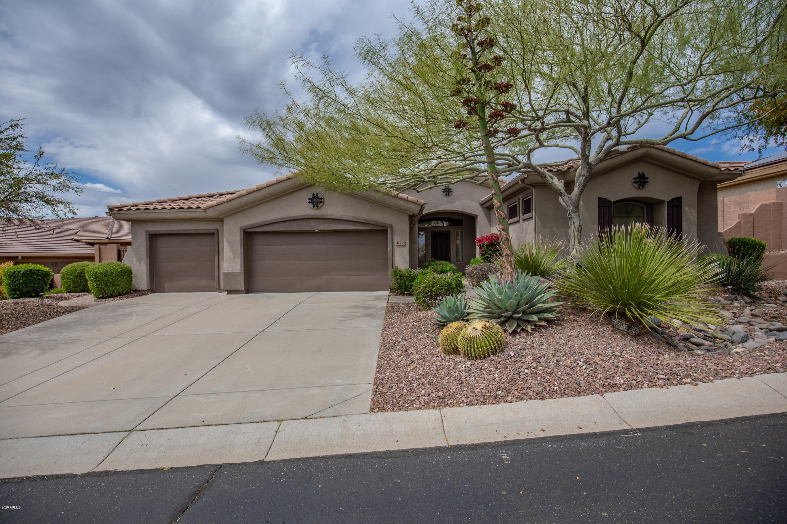 Photo of 41710 N HARBOUR TOWN Court, Anthem, AZ 85086