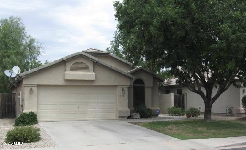 Photo of 590 E KYLE Drive, Gilbert, AZ 85296