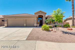 8411 W Tonto Lane**A beauty you'll love to own!