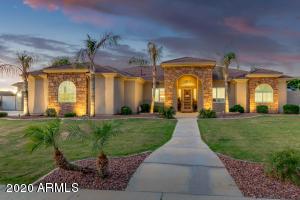 7126 E GRANDVIEW Street, Mesa, AZ 85207