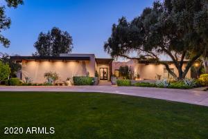 8030 N 74TH Place, Scottsdale, AZ 85258