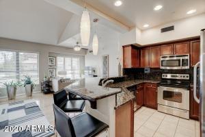 20660 N 40TH Street 2056, Phoenix, AZ 85050