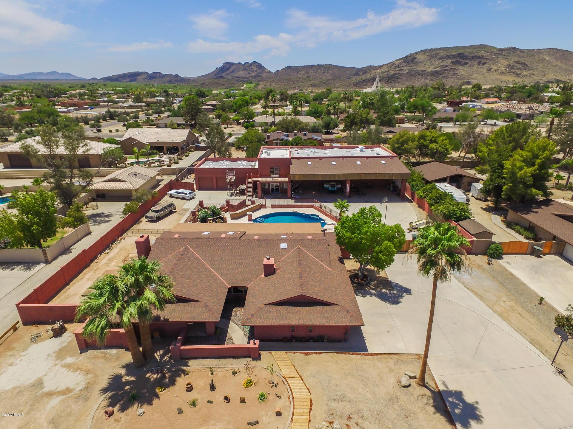 Photo of 5113 W MISTY WILLOW Lane, Glendale, AZ 85310