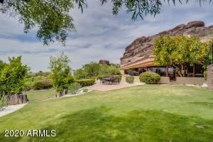 4835 E CAMELHEAD Drive, Phoenix, AZ 85018