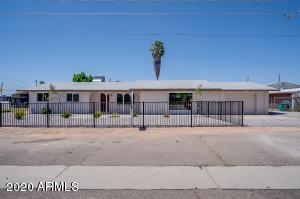 734 N LAWTHER Drive, Apache Junction, AZ 85120