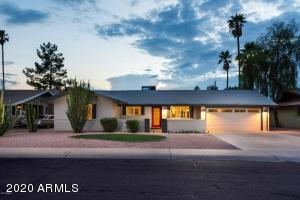 Updated 5 Bedroom, 3 Bath Ranch close to Shopping, Schools, Freeways and ASU.
