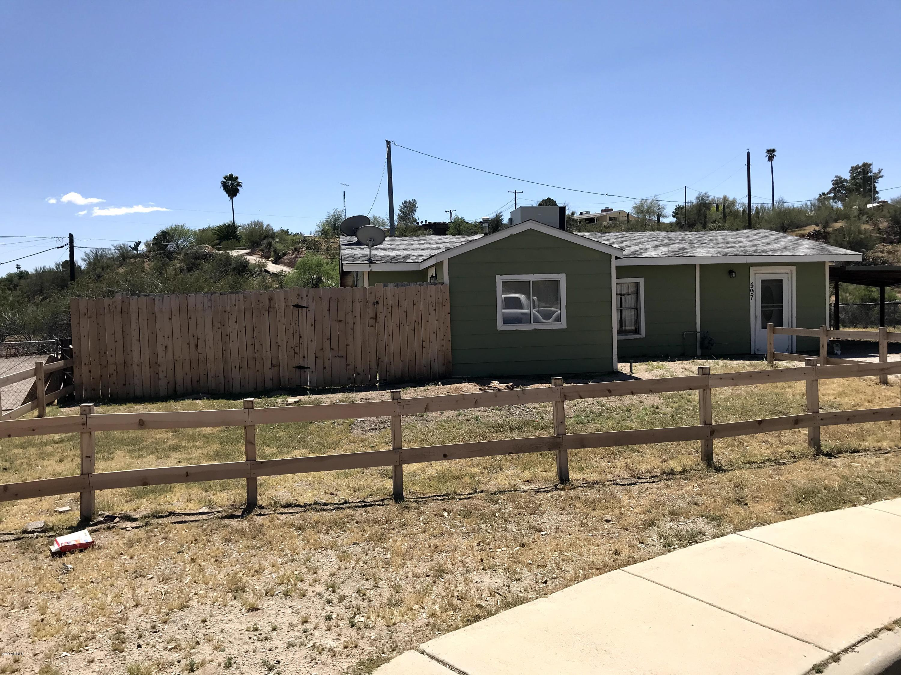 Photo of 597 Whipple Court, Wickenburg, AZ 85390