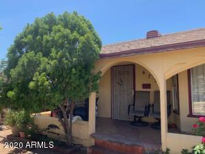 6734 N 54TH Drive, Glendale, AZ 85301