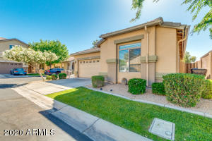 1321 E THOMPSON Way, Chandler, AZ 85286