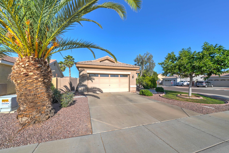 Photo of 960 N ADAMS Court, Chandler, AZ 85225