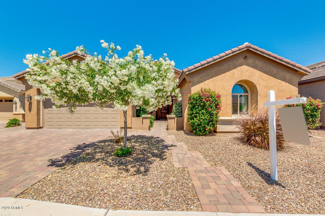 Photo of 620 W YELLOWSTONE Way, Chandler, AZ 85248